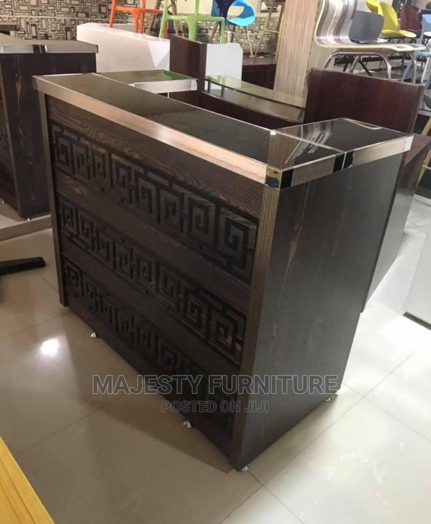 High Quality Reception Table