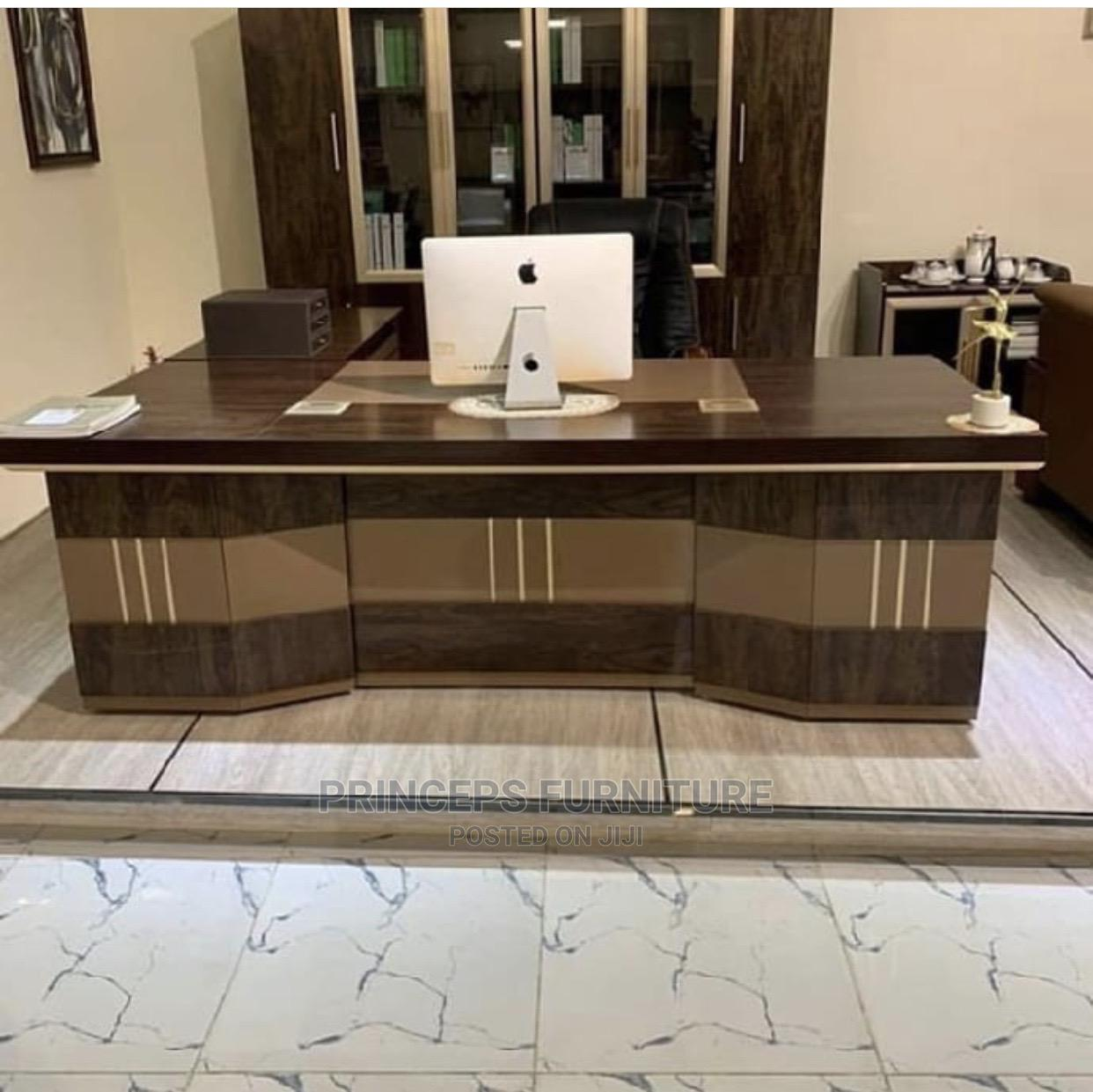 Archive: Classic Executive Office Table