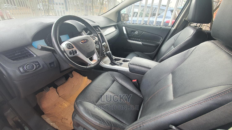 Archive: Ford Edge 2011 Black