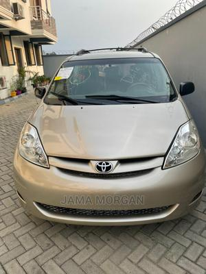 Toyota Sienna 2008 LE Gold   Cars for sale in Lagos State, Lekki