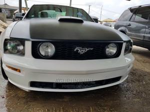 Ford Mustang 2009 GT Premium Coupe White | Cars for sale in Lagos State, Ojo