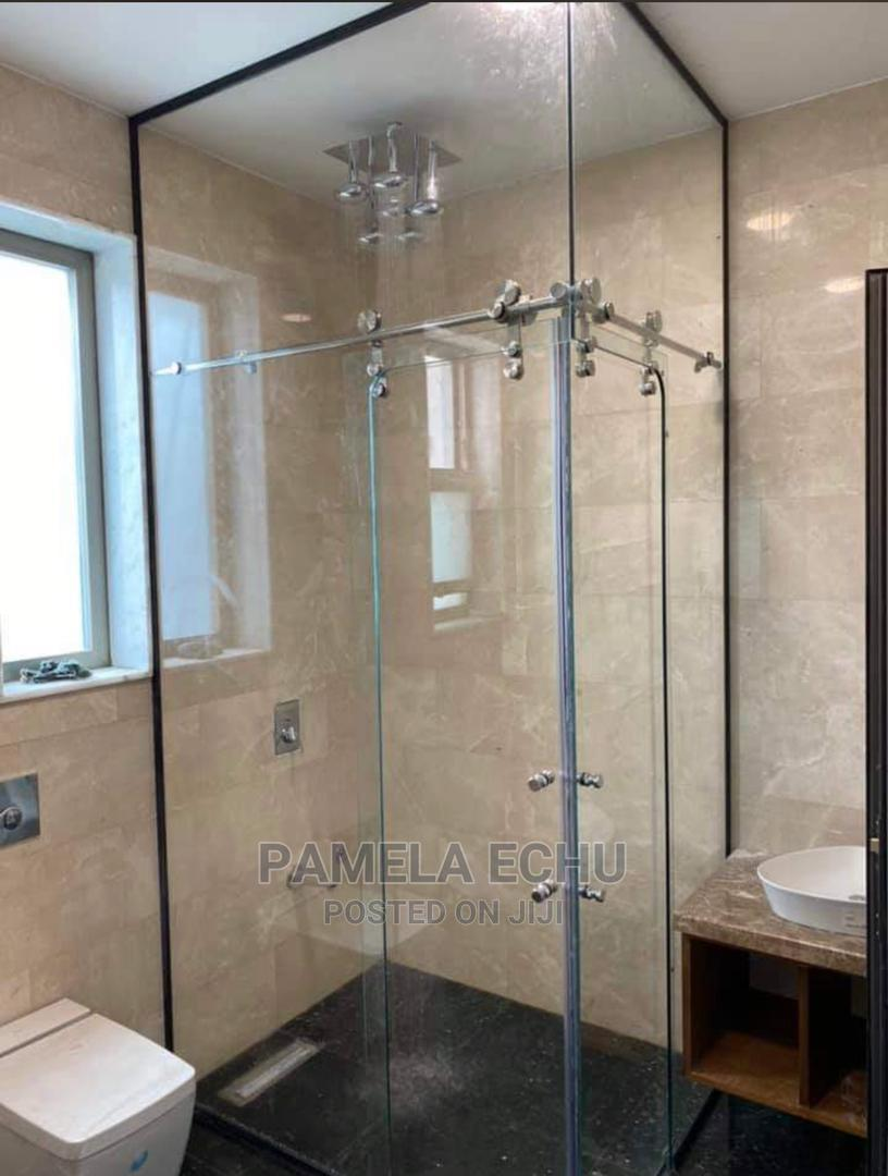 Shower Glass Cubicle Tampe