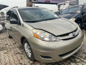 Toyota Sienna 2008 LE AWD Gold   Cars for sale in Lagos State, Lekki