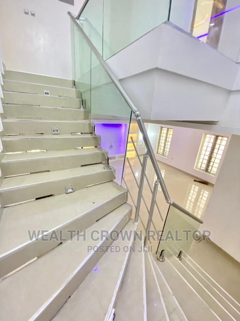 Archive: Luxurious 5 Bedroom Fully Detached Duplex With a BQ