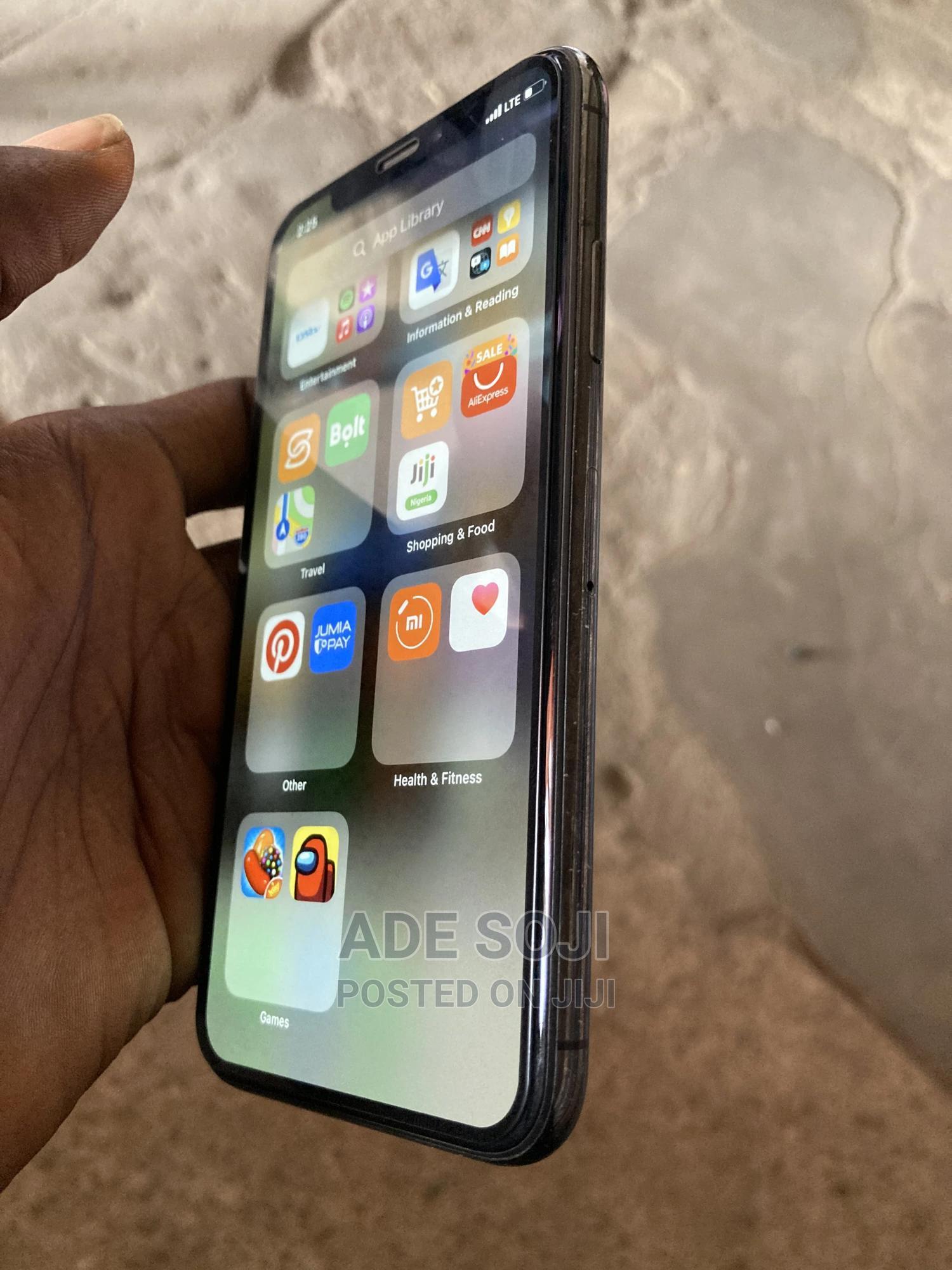 Apple iPhone XS 64 GB Black | Mobile Phones for sale in Ibadan, Oyo State, Nigeria