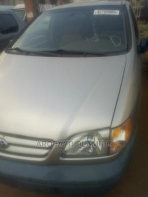 Toyota Sienna 2001 CE Gold | Cars for sale in Oyo State, Ibadan