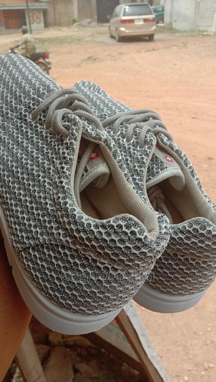 Archive: DG Sneakers