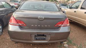 Toyota Avalon 2006 Gray   Cars for sale in Abuja (FCT) State, Asokoro