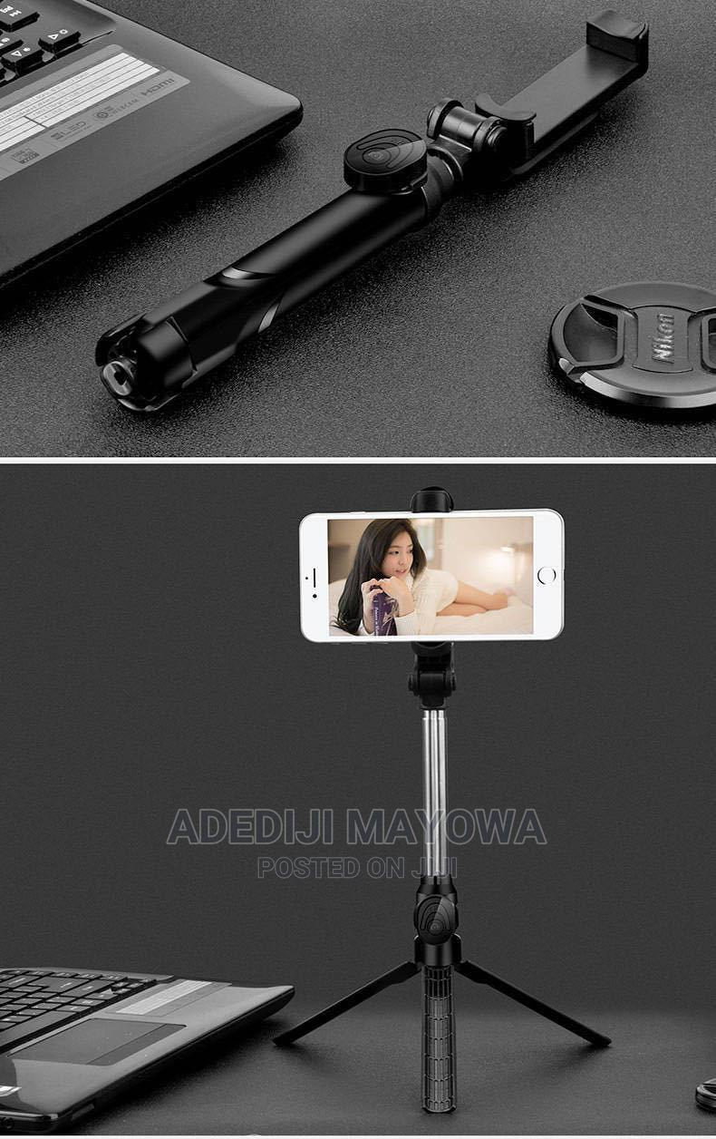 Selfie Stick With Flash Light | Accessories for Mobile Phones & Tablets for sale in Oluyole, Oyo State, Nigeria