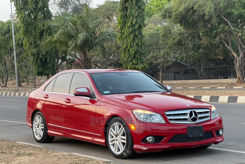 Archive: Mercedes-Benz C-Class 2009 Red