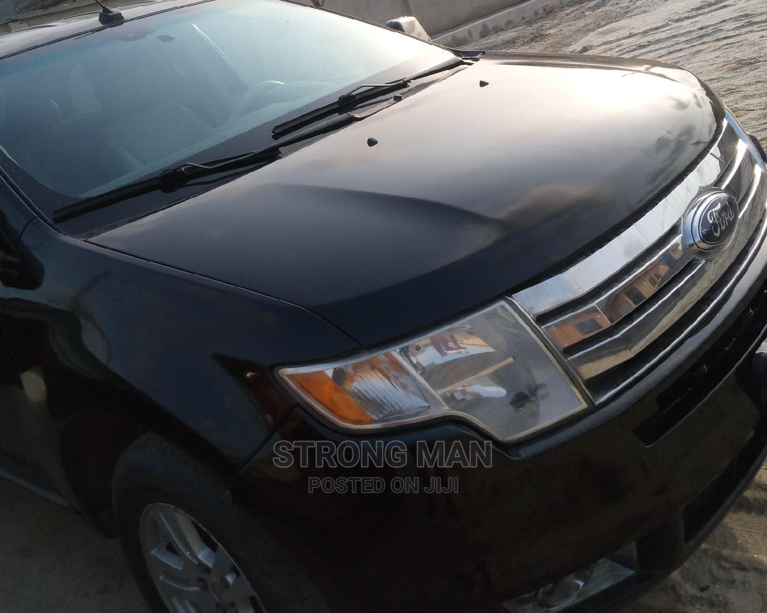 Archive: Ford Edge 2008 Black