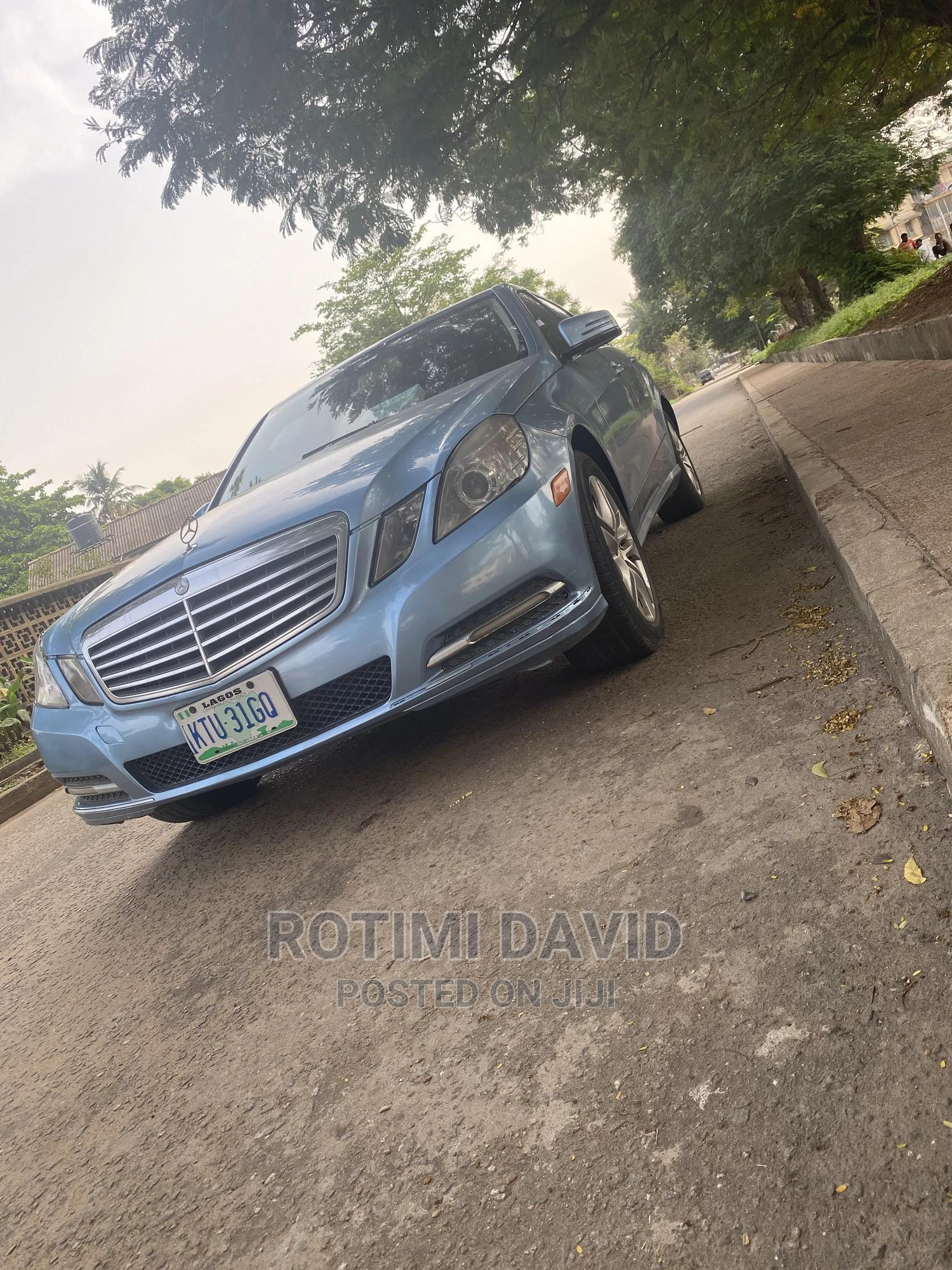 Mercedes-Benz E350 2010 Blue