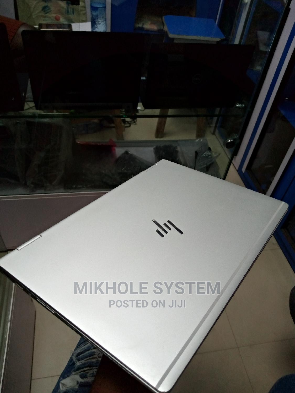Archive: Laptop HP EliteBook 1030 G1 8GB Intel Core I7 SSD 512GB