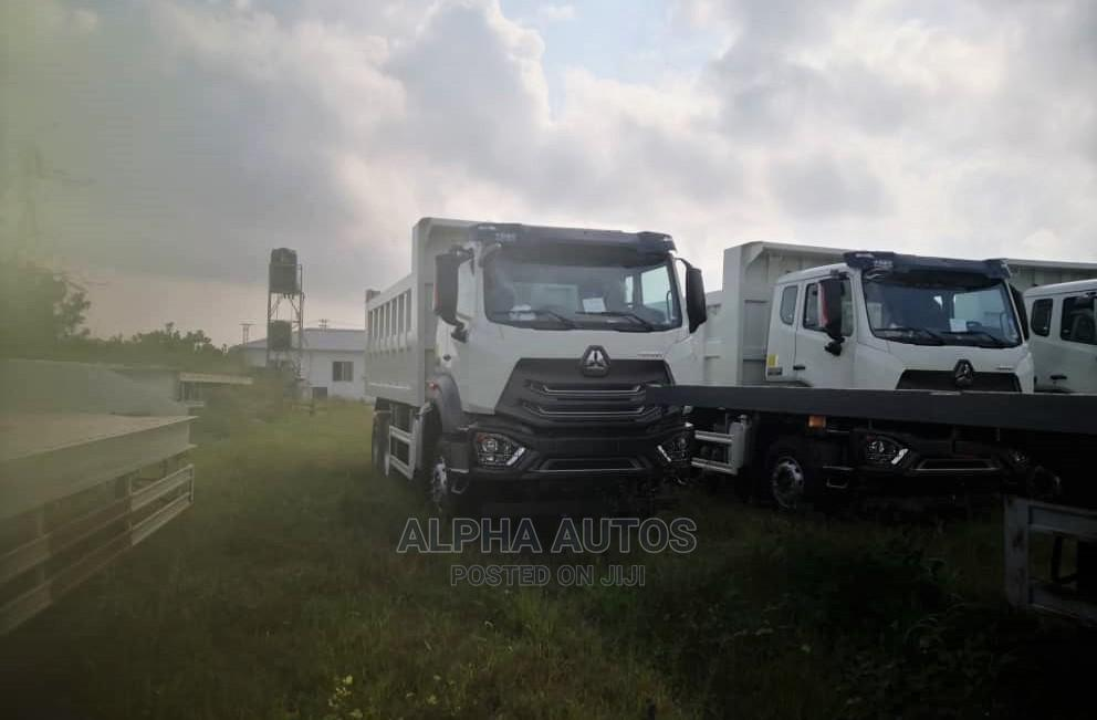 Brand New 2021 Howo Truck Tippers for Sale | Trucks & Trailers for sale in Amuwo-Odofin, Lagos State, Nigeria