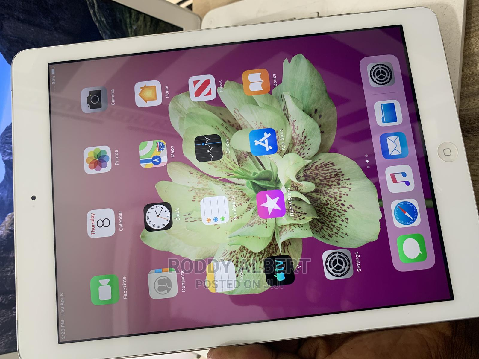 Archive: Apple iPad Air 32 GB Silver