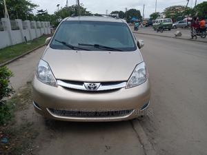 Toyota Sienna 2008 XLE Limited Gold | Cars for sale in Lagos State, Amuwo-Odofin