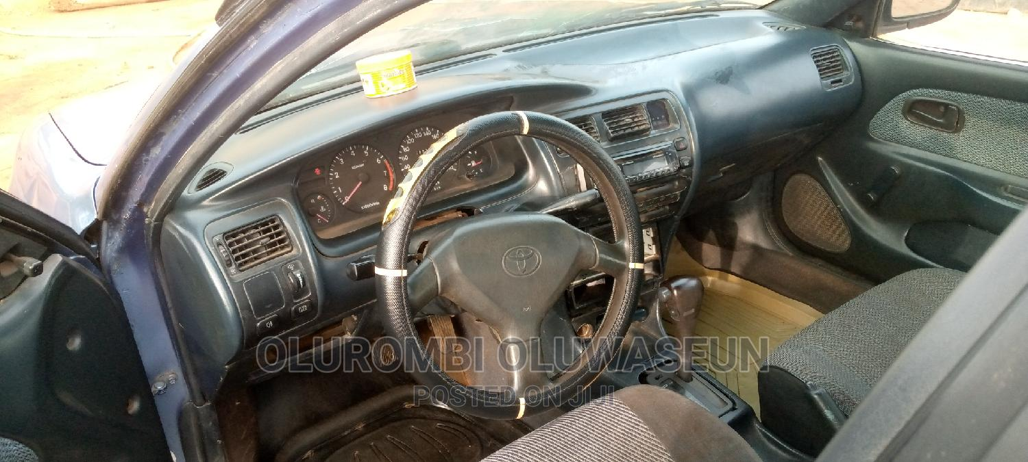Toyota Corolla 1996 Sedan Automatic Blue | Cars for sale in Ijebu Ode, Ogun State, Nigeria