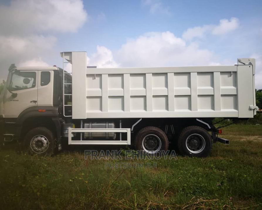 Brand New Howo Truck | Trucks & Trailers for sale in Amuwo-Odofin, Lagos State, Nigeria