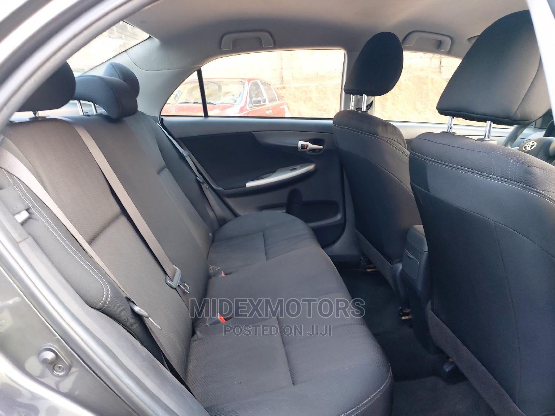 Archive: Toyota Corolla 2013 Gray