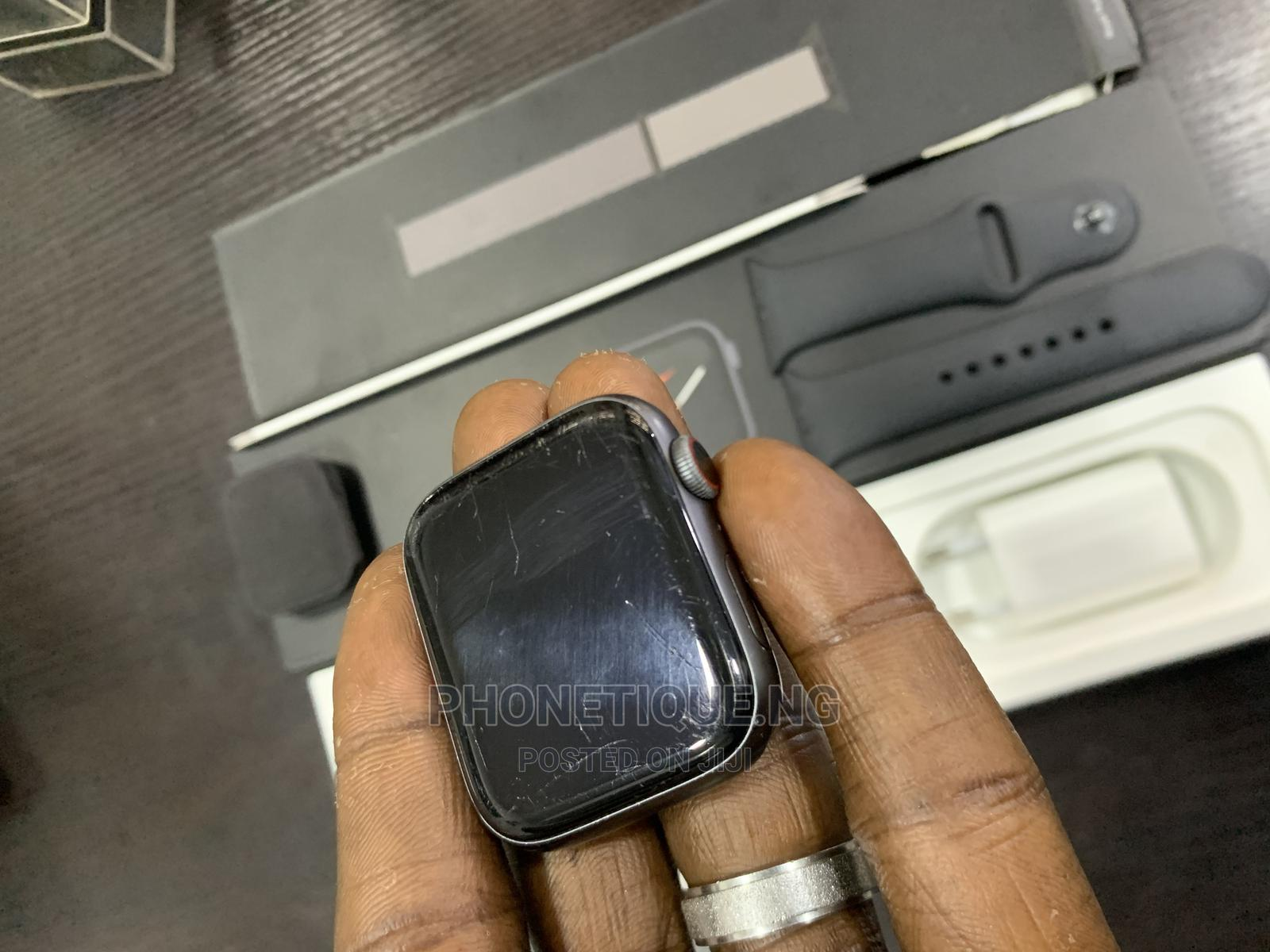 Apple Iwatch Series 4 44mm for Sale