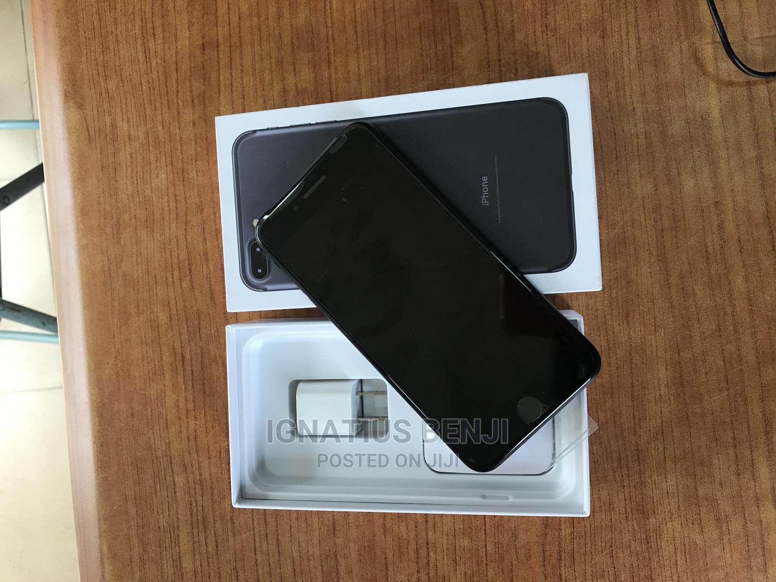 New Apple iPhone 7 Plus 128 GB Gray