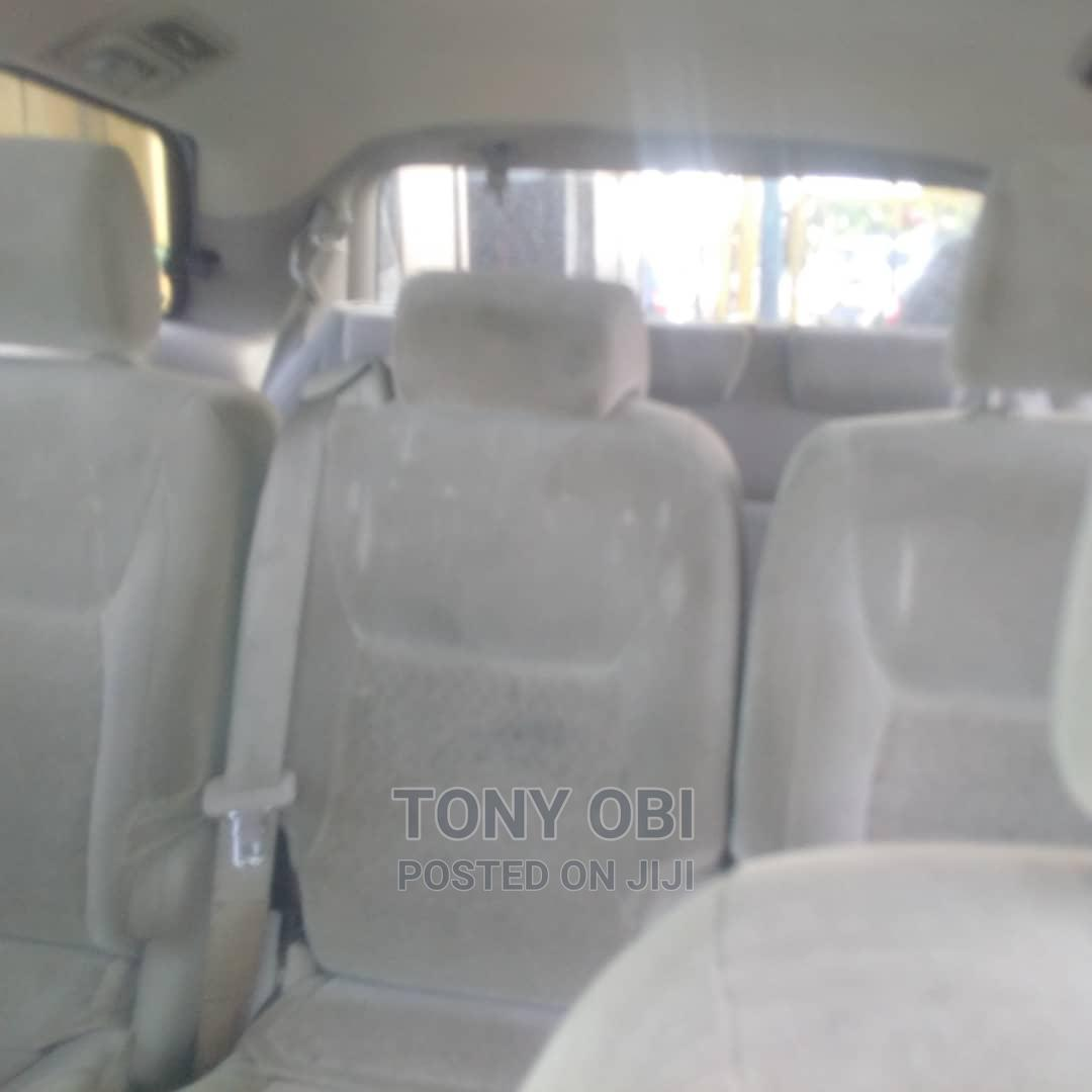 Toyota Sienna 2005 LE AWD Gold   Cars for sale in Amuwo-Odofin, Lagos State, Nigeria