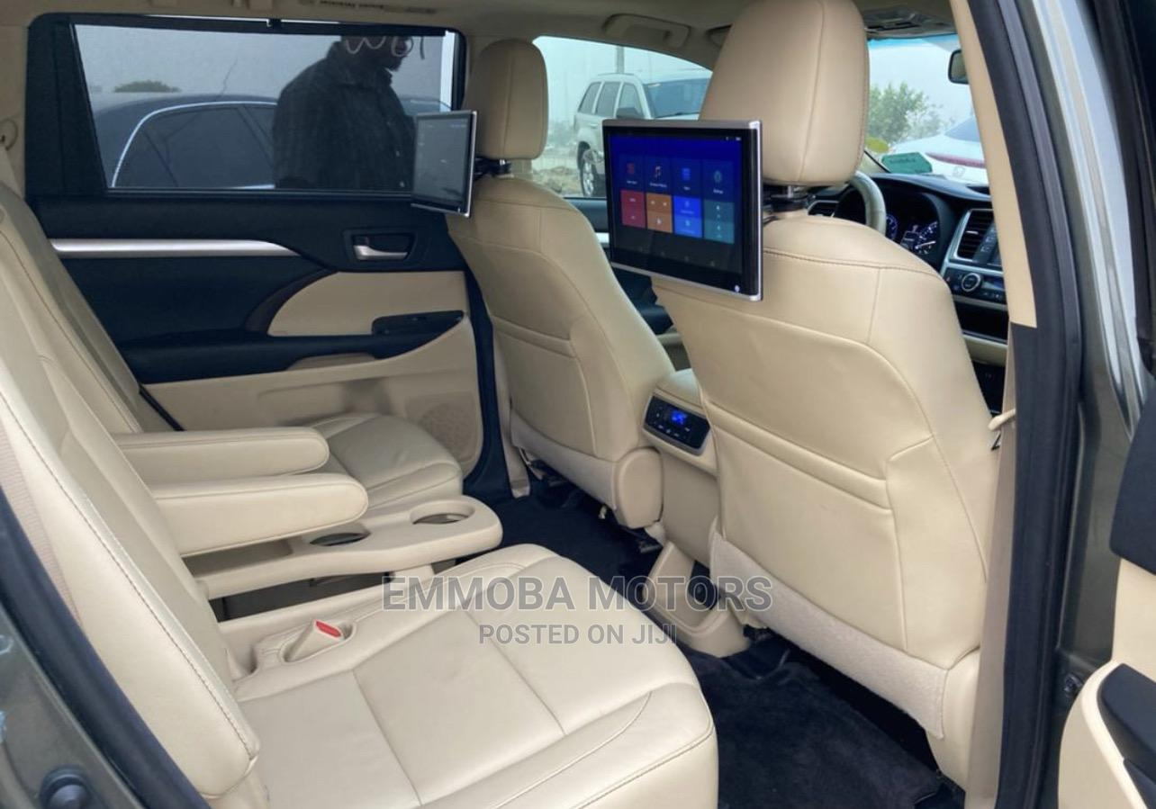Toyota Highlander 2014 Green   Cars for sale in Lugbe District, Abuja (FCT) State, Nigeria