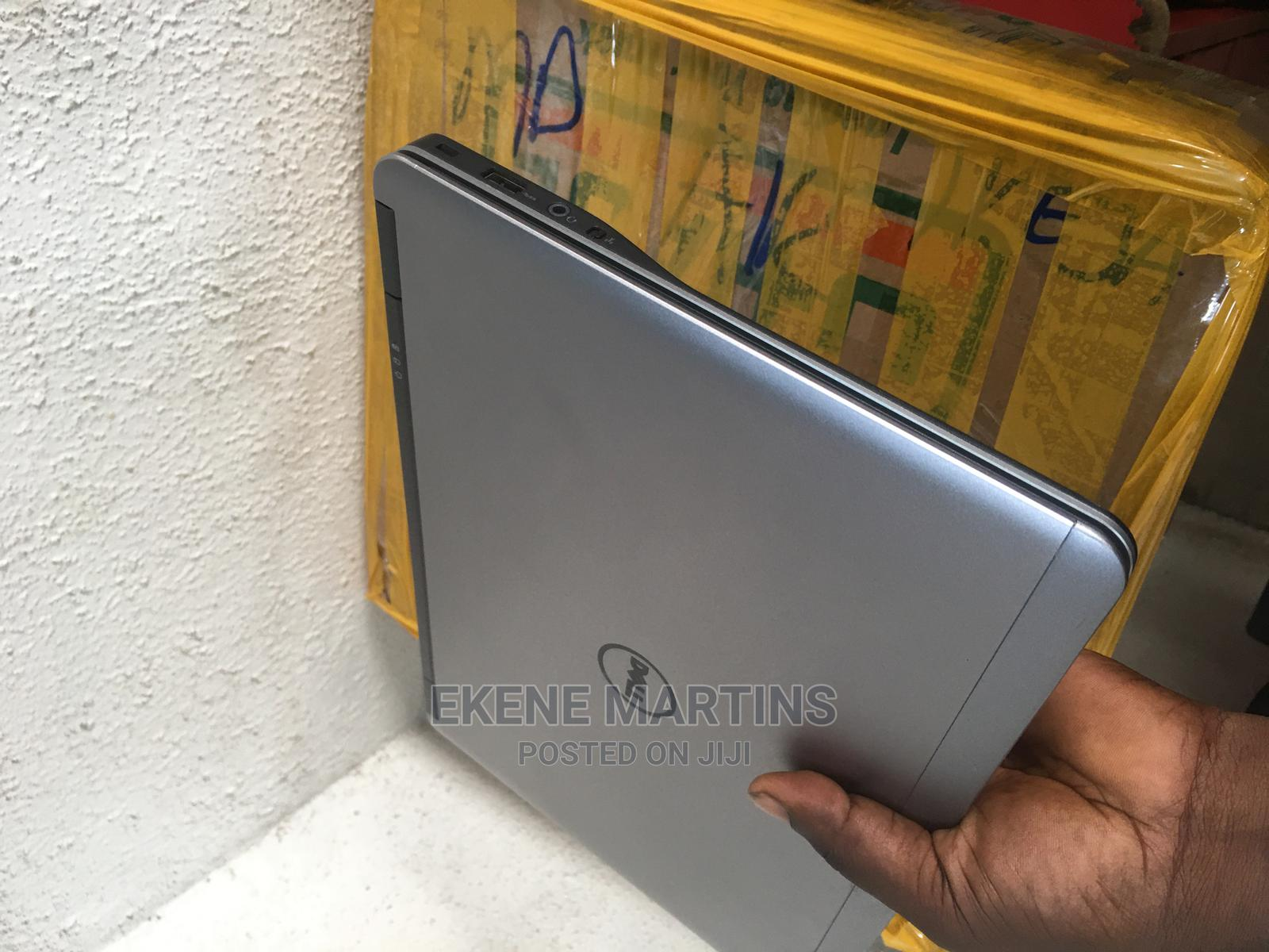 Archive: Laptop Dell Latitude 14 E7470 4GB Intel Core I5 SSD 128GB