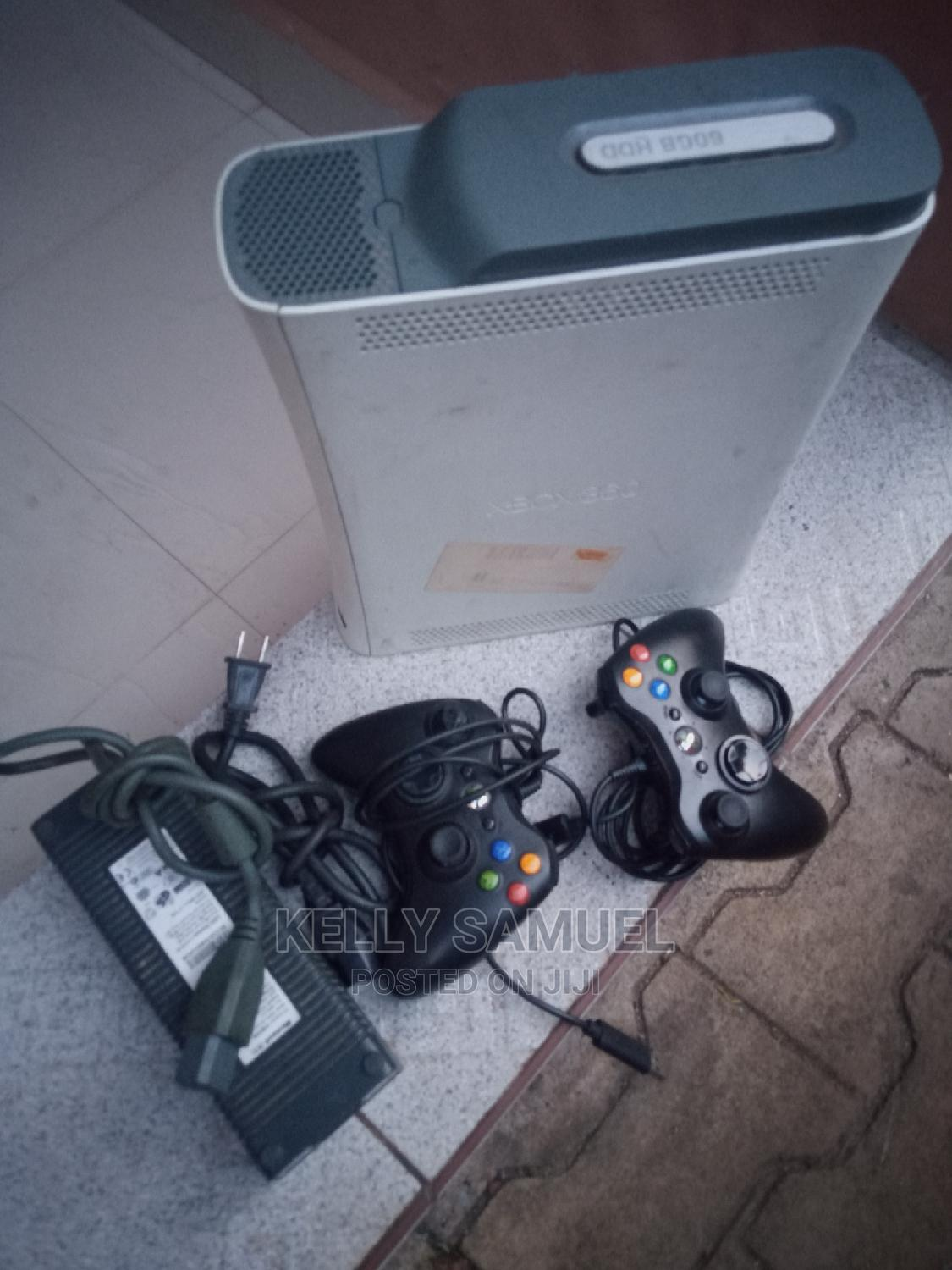 Archive: Xbox 360 Game Console