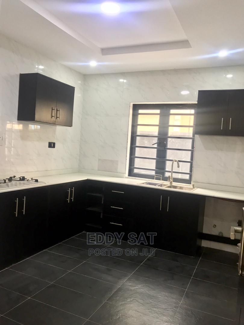 Executive Luxury 3 Bedroom Flat For Sale | Houses & Apartments For Sale for sale in Ado / Ajah, Ajah, Nigeria