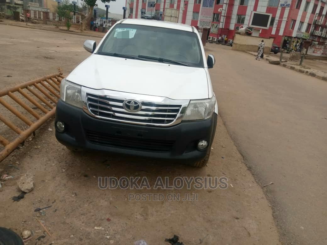 Toyota Hilux 2012 White   Cars for sale in Garki 1, Abuja (FCT) State, Nigeria