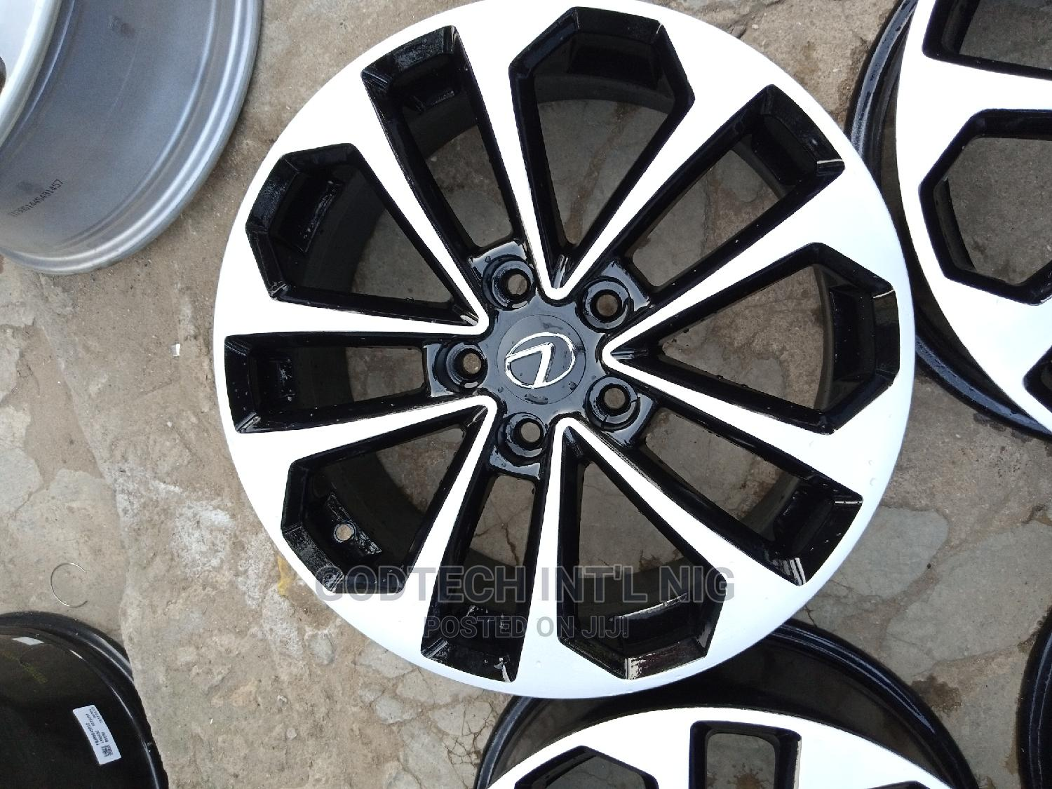 17 Alloy Wheels for Toyota