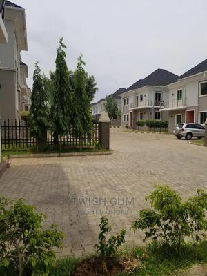 Executive 5 Bedroom Detached Duplex Eith a Bq to Let | Houses & Apartments For Rent for sale in Abuja (FCT) State, Durumi