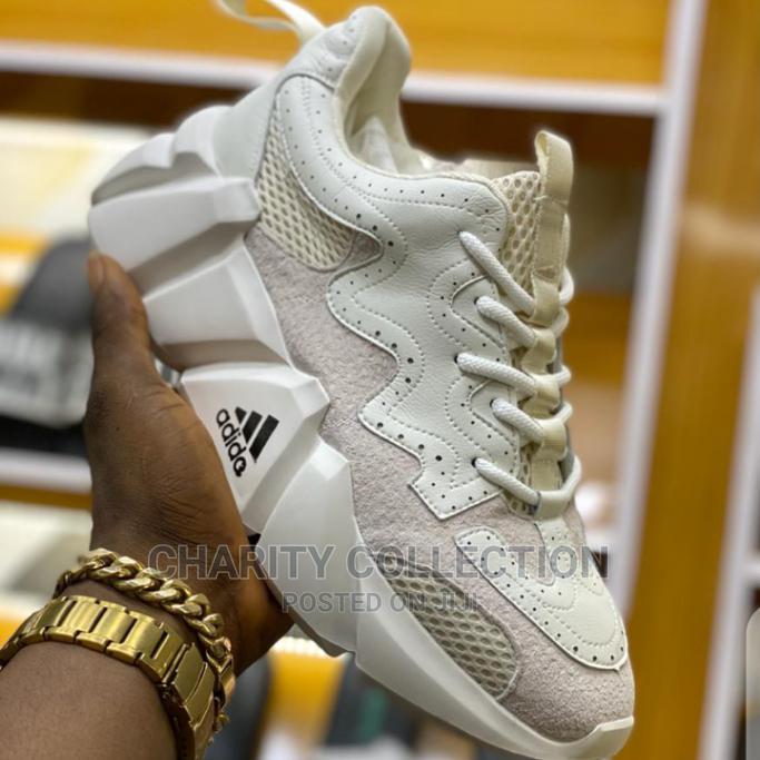 Archive: Men's Adidas Canvas Shoe