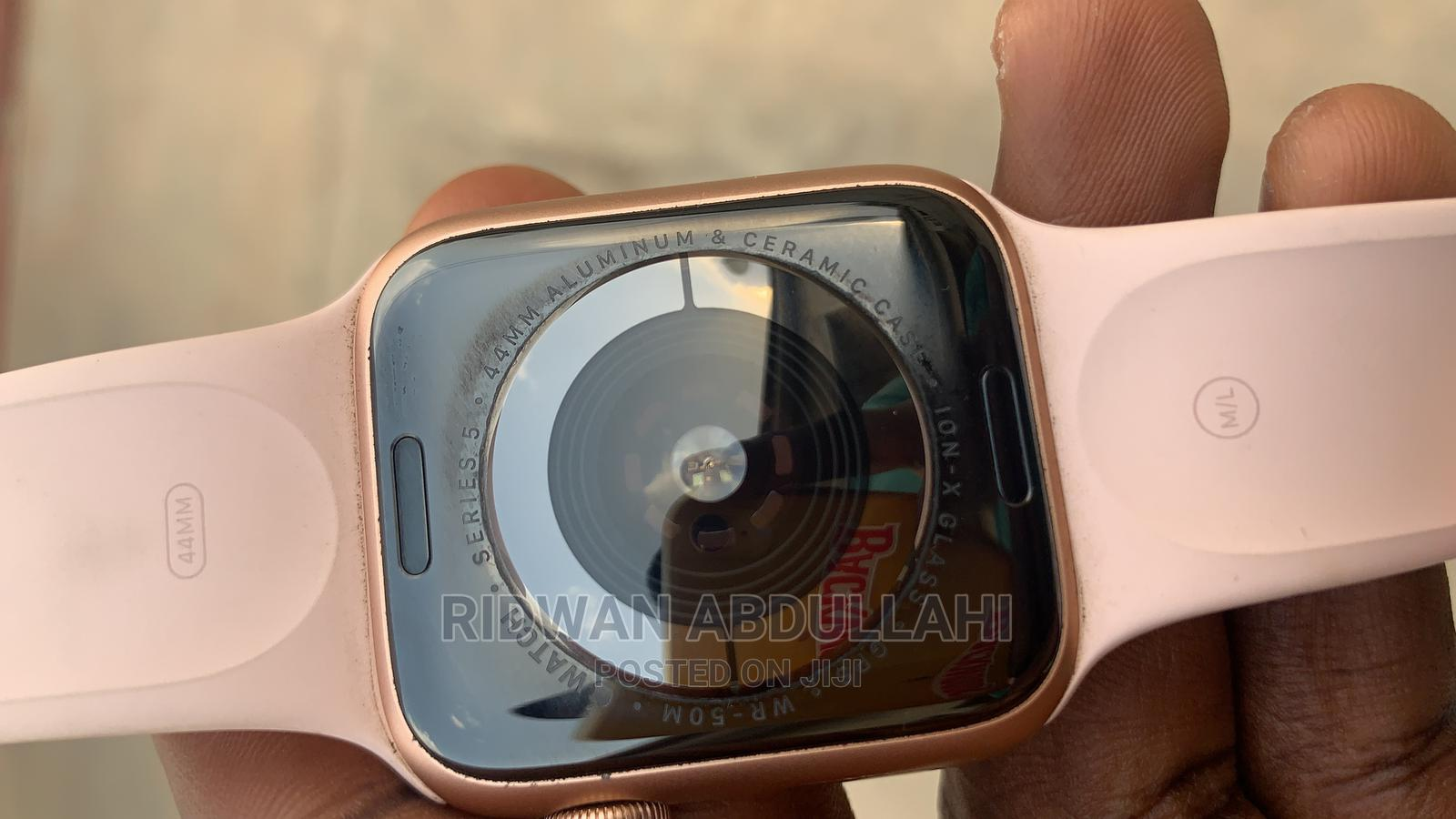 Apple Watch Series 5 for Sale | Smart Watches & Trackers for sale in Ibadan, Oyo State, Nigeria