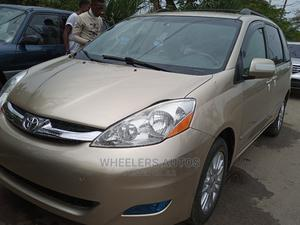 New Toyota Sienna 2008 XLE Limited 4WD Gold | Cars for sale in Lagos State, Amuwo-Odofin