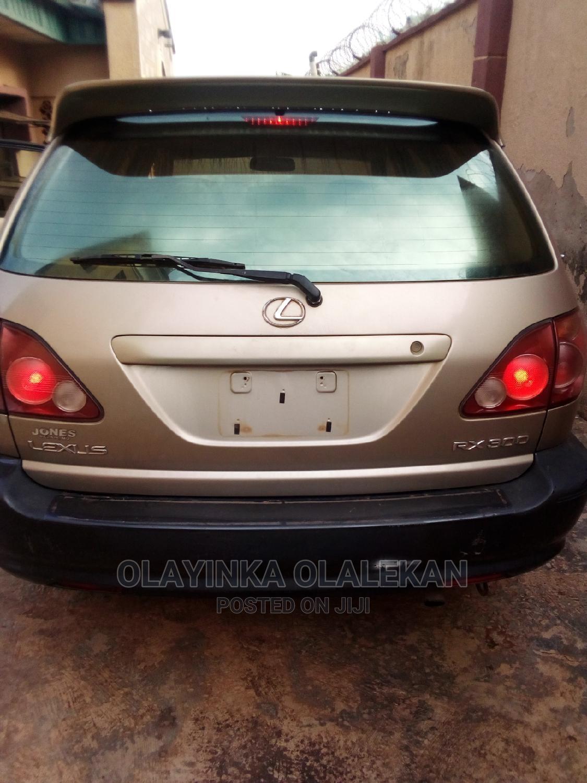 Lexus RX 2000 Gold | Cars for sale in Ado-Odo/Ota, Ogun State, Nigeria