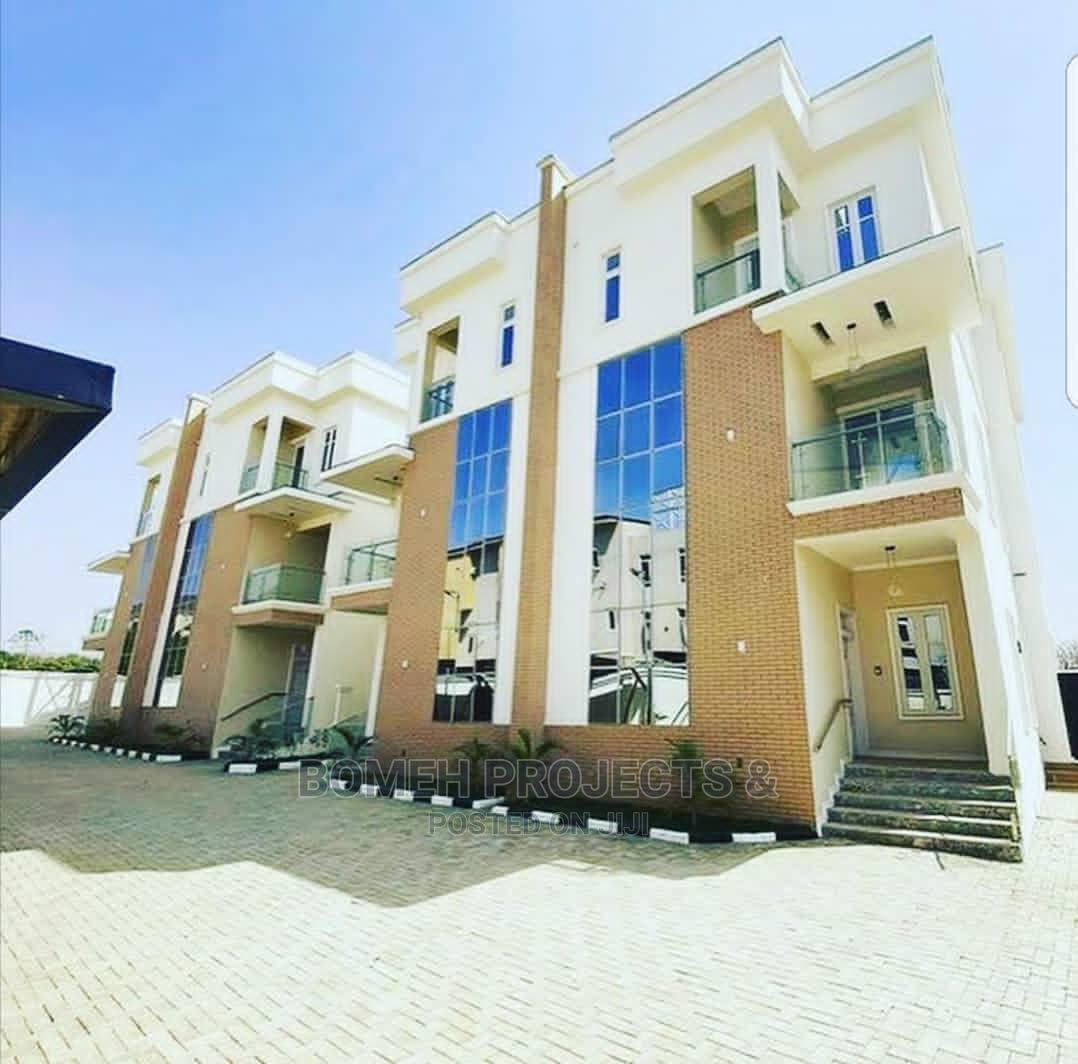 Luxurious Brand New Terrace Duplex Wit Private Pool, Mabushi
