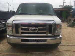 Extremely Clean Ford E-350 2012best Standard | Buses & Microbuses for sale in Lagos State, Alimosho