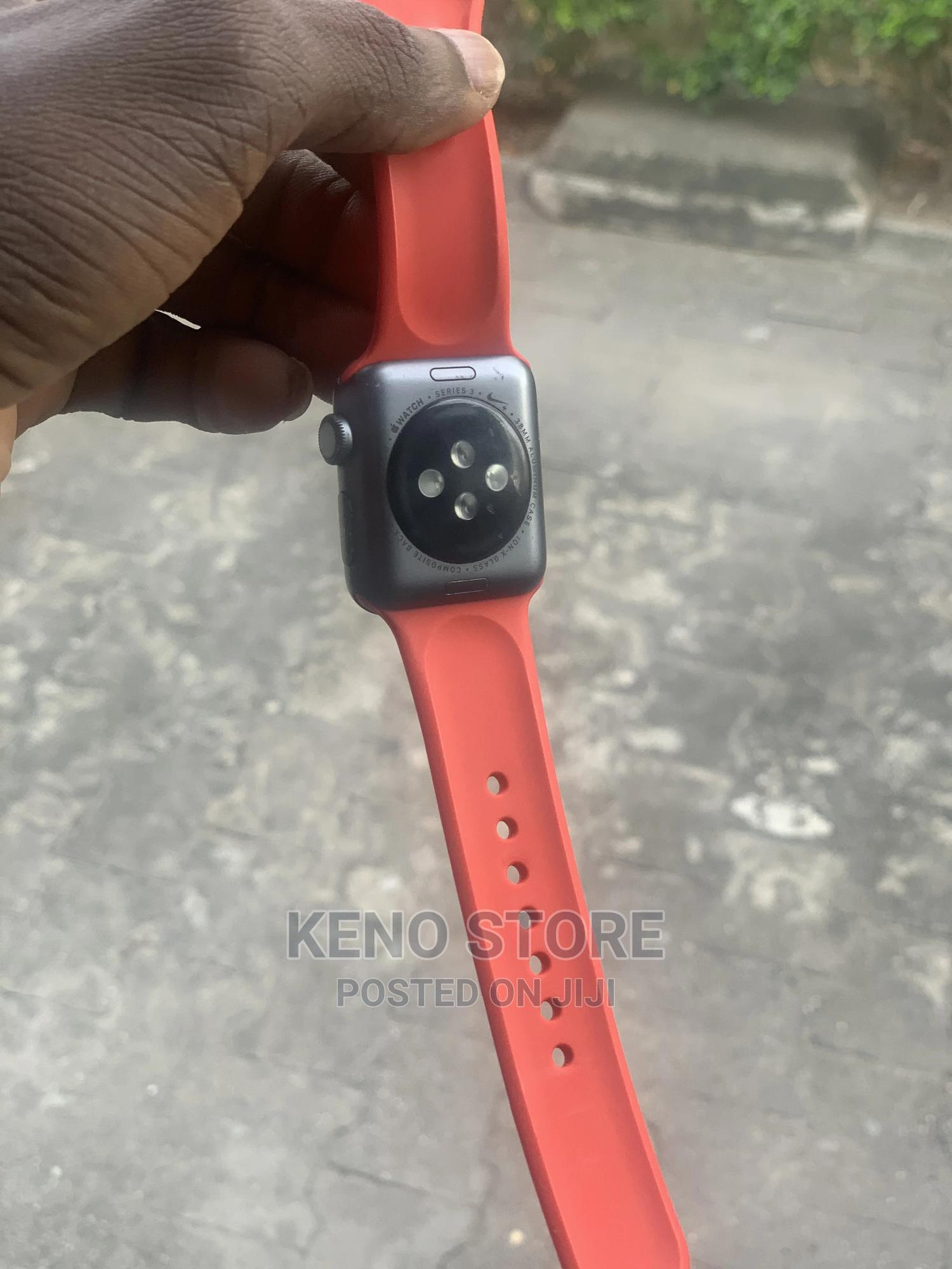 Archive: Apple Iwatch Series 3 38mm