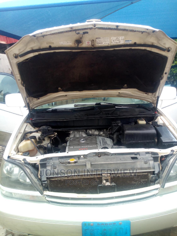 Archive: Lexus LX 2021 White