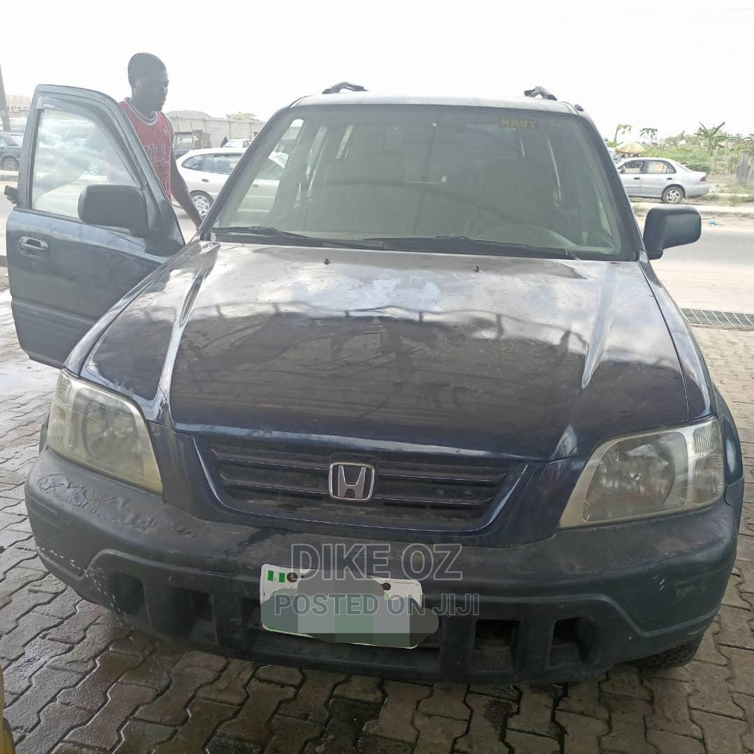 Archive: Honda CR-V 2001 2.0 Automatic Blue