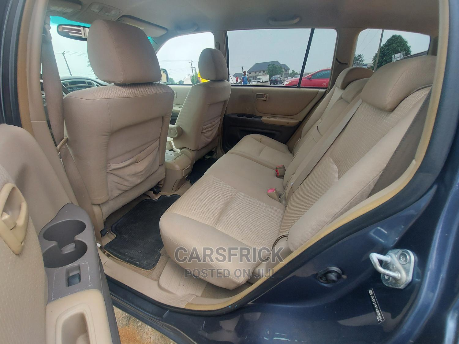 Toyota Highlander 2004 Limited V6 FWD Gray | Cars for sale in Port-Harcourt, Rivers State, Nigeria