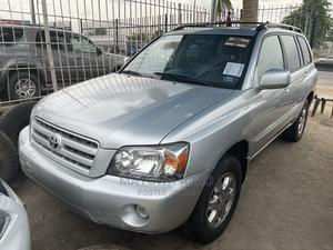 Toyota Highlander 2004 V6 AWD Silver | Cars for sale in Oyo State, Ibadan