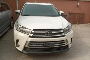Toyota Highlander 2018 LE 4x4 V6 (3.5L 6cyl 8A) White | Cars for sale in Lagos State, Apapa
