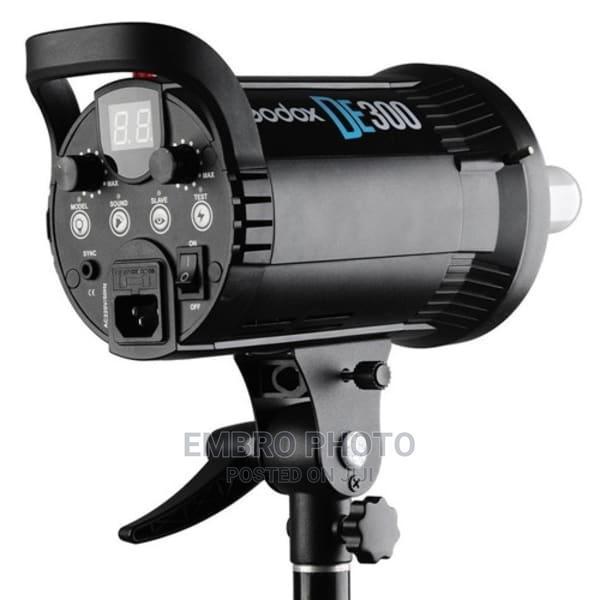 Godox Studio Light DE 300watts Set