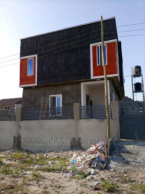 2 Bedrooms Block of Flats for Rent in New Roads, Awoyaya | Houses & Apartments For Rent for sale in Ibeju, Awoyaya