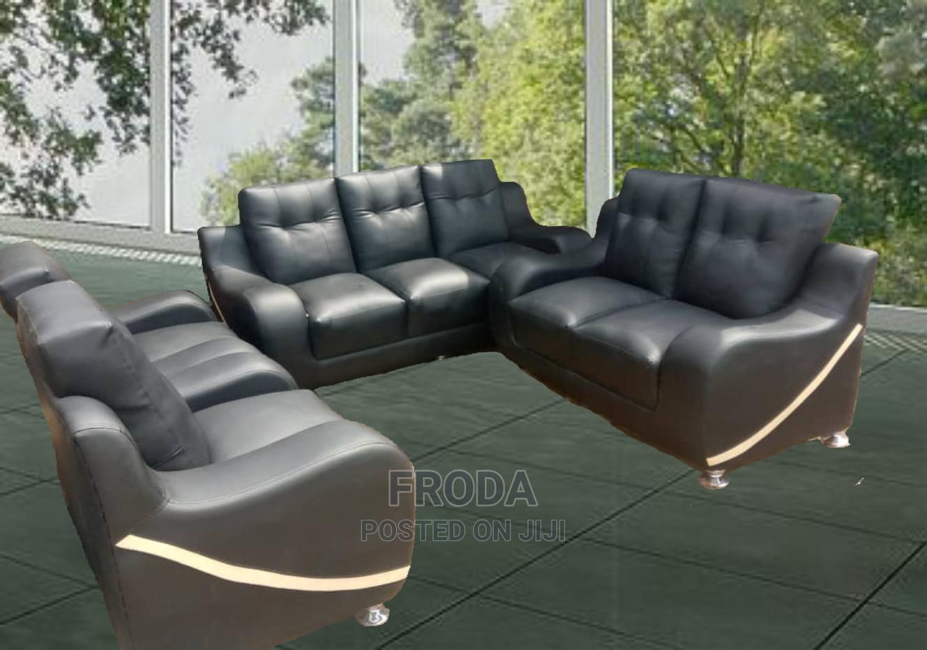 Set of 7 Seaters Sofa Chairs for Living Room. Leather Couch