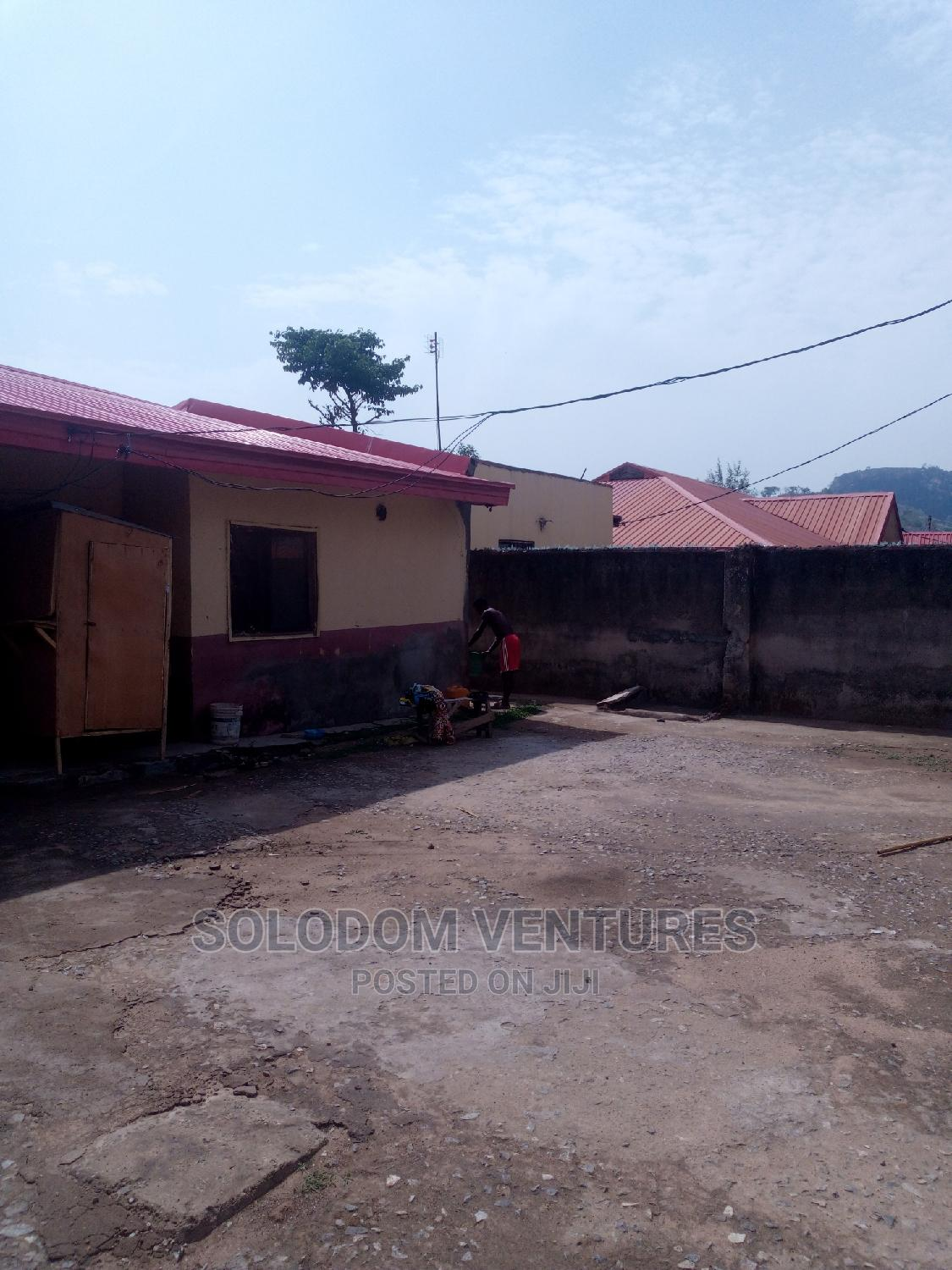 Archive: Distress Sale 3 and 2 Bedroom Bungalow With Borehole