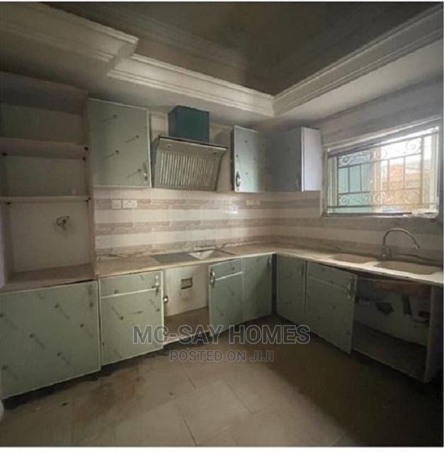 Archive: 3 Bedroom Terrace Duplex With BQ